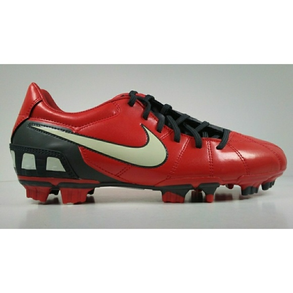 recuerda Geometría Ordinario  Nike Shoes   Rare 20 Nike Total90 Shoot Lll Fg Soccer Cleats   Poshmark